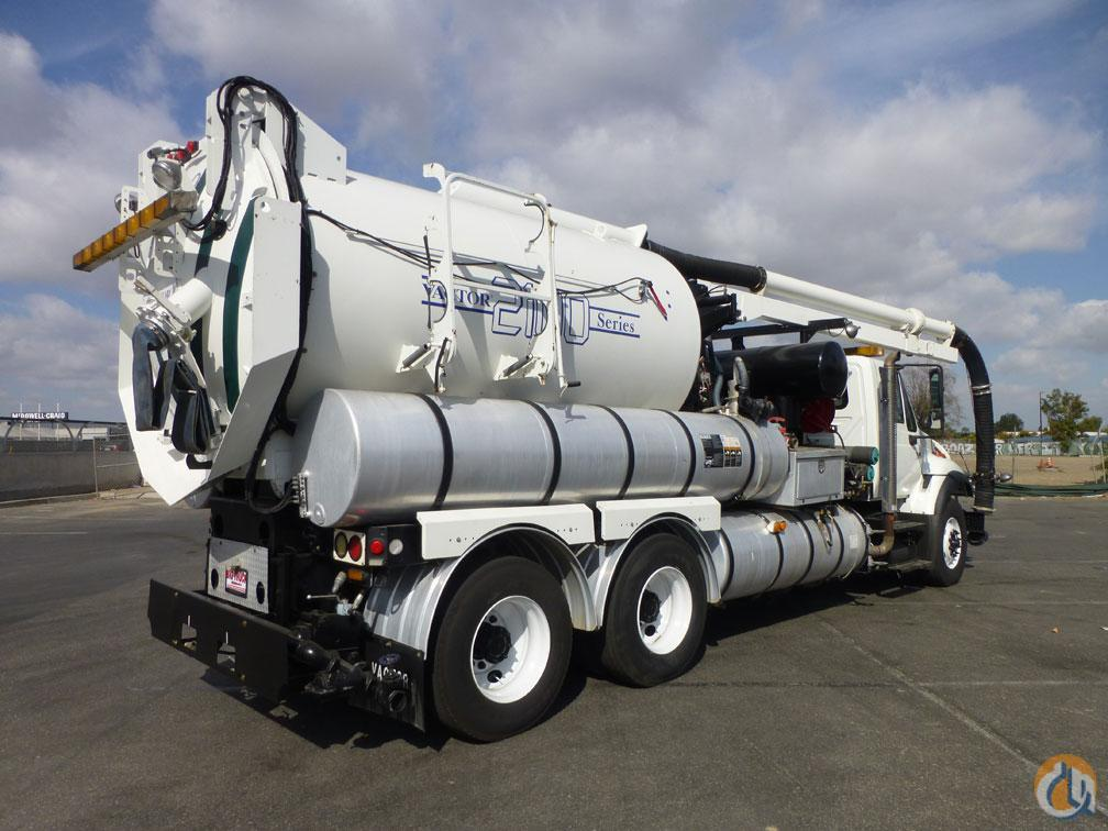 2006 International 7400 Vactor 2100 Series Hydro Excavator Vacuum Truck Vacuum Truck  Trailers INTERNATIONAL 7400 Big Truck amp Equipment Sales LLC 18974 on CraneNetwork.com